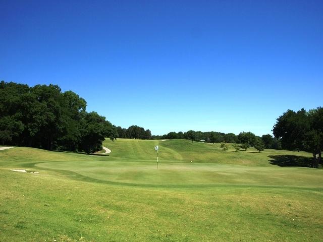 Inexpensive Golfing Deals