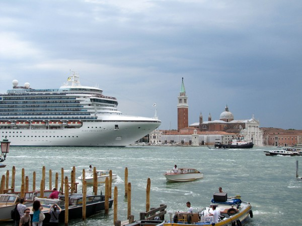 Researching Italy's Complicated Background upon Italian language Water Cruise ships